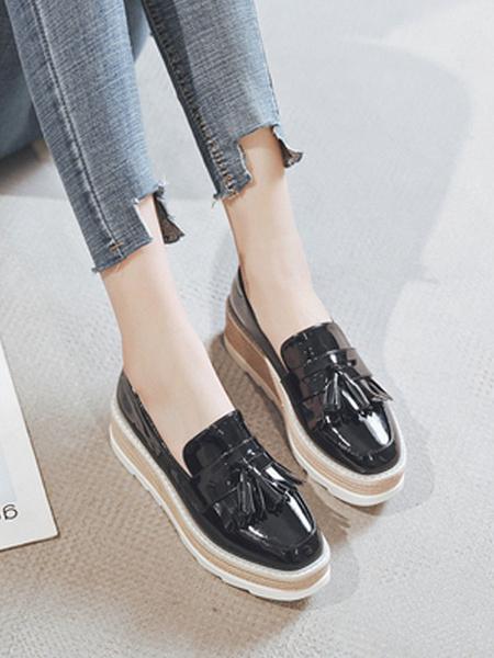 Milanoo Women Flatform Oxfords Apricot Round Toe PU Leather Slip On Shoes