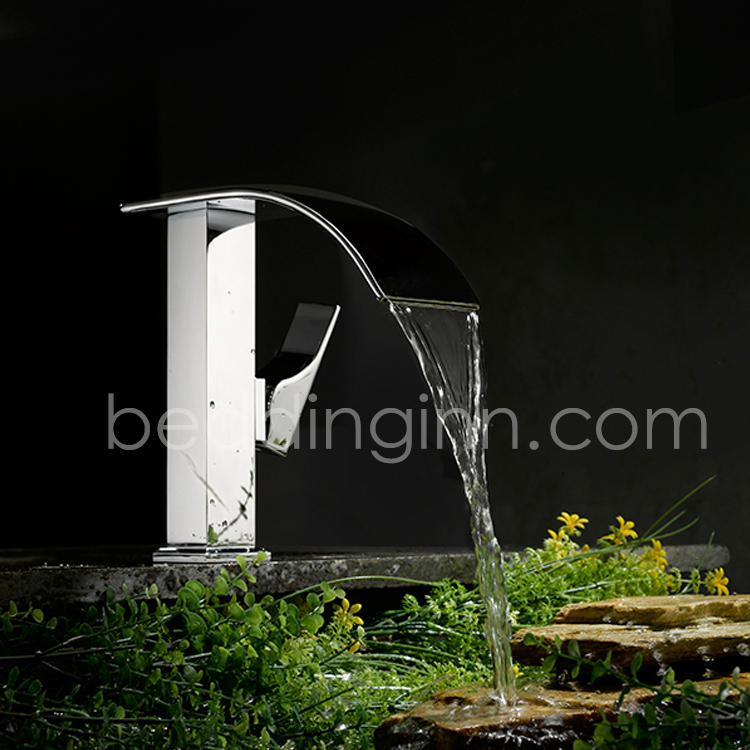 Modern Single Handle Solid Brass Waterfall Faucet