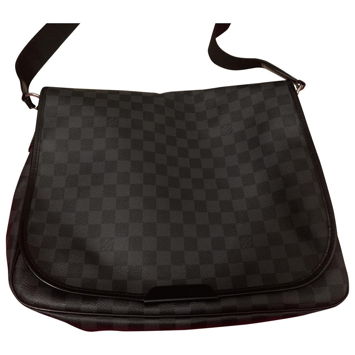 Louis Vuitton Daniel MM Satchel Blue Cloth bag for Men \N