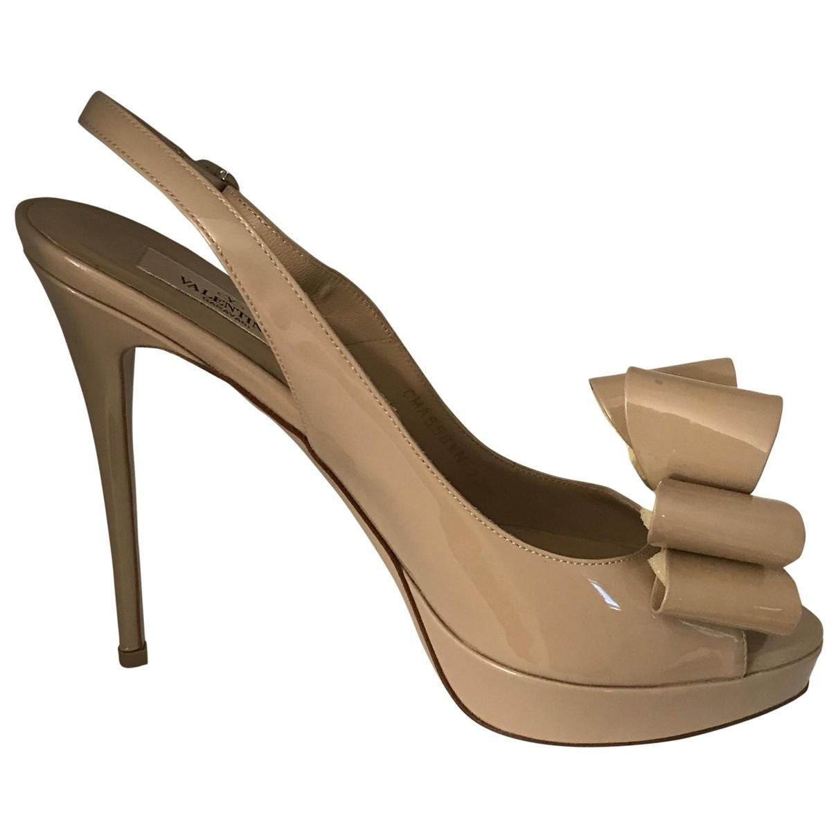 Valentino Garavani \N Beige Leather Sandals for Women 39 EU