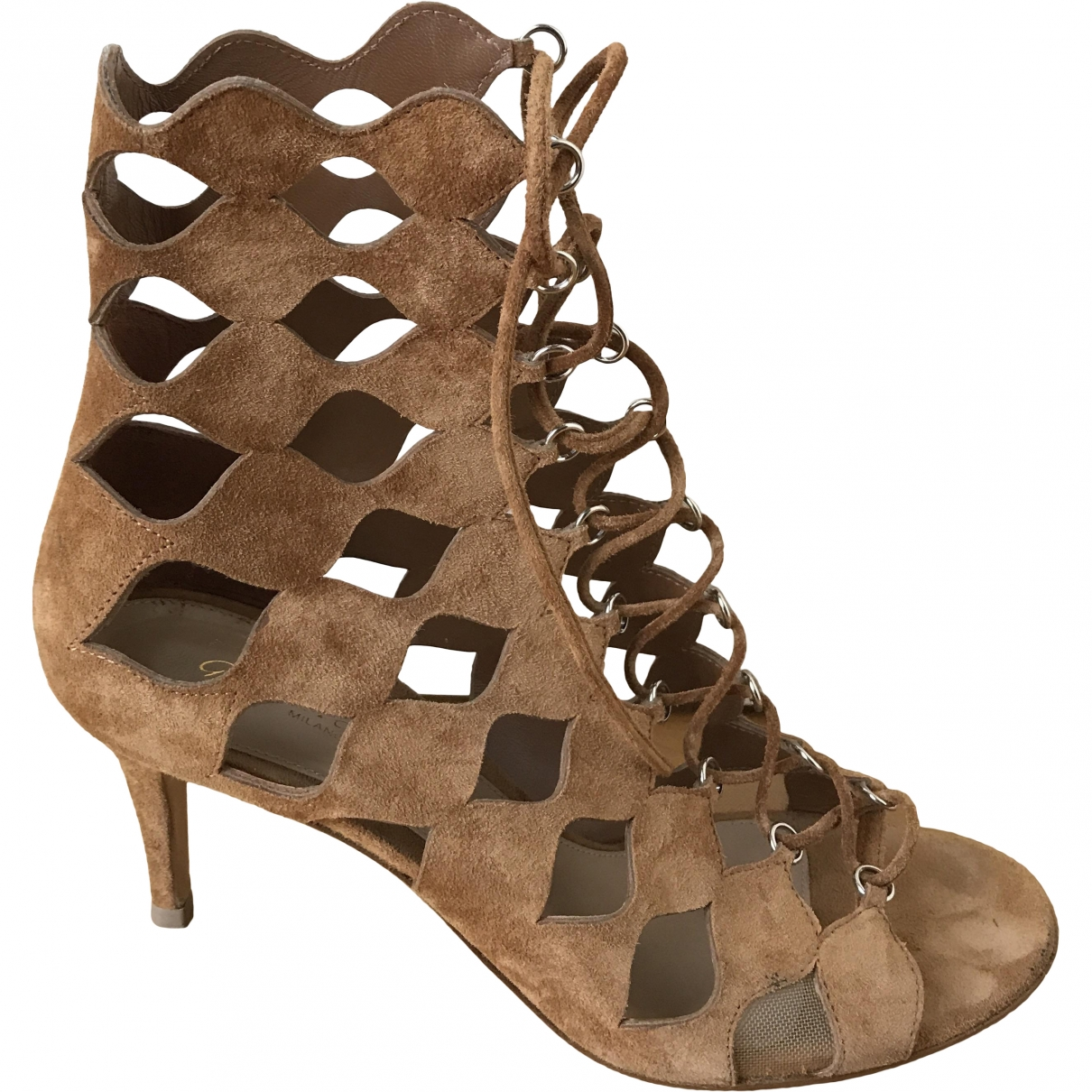 Gianvito Rossi \N Beige Suede Sandals for Women 37.5 EU
