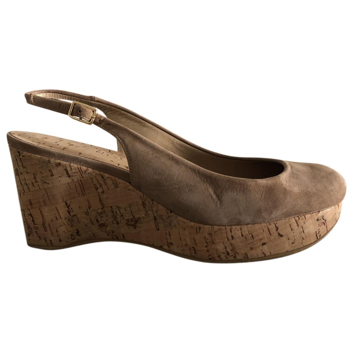 Stuart Weitzman \N Camel Leather Heels for Women 36 EU