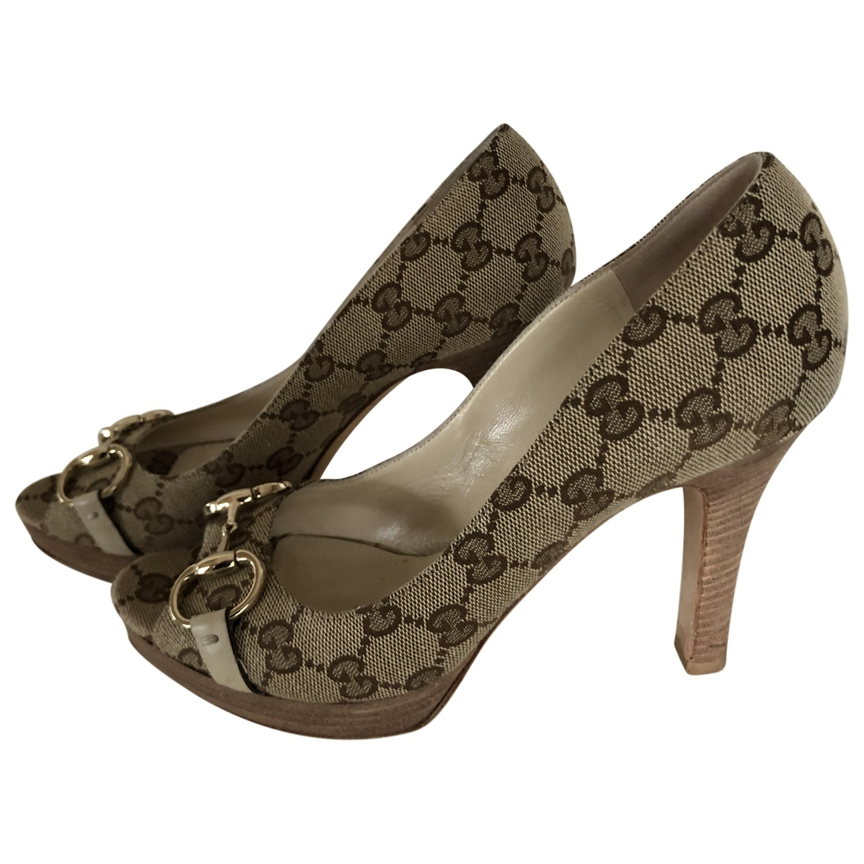 Gucci \N Beige Cloth Heels for Women 38 EU