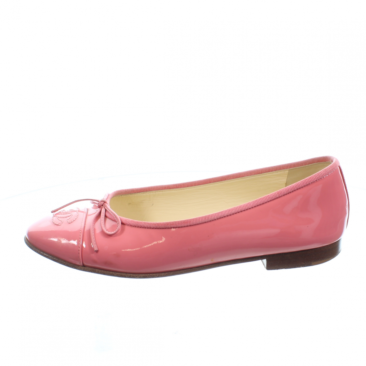 Chanel \N Pink Patent leather Ballet flats for Women 36.5 EU