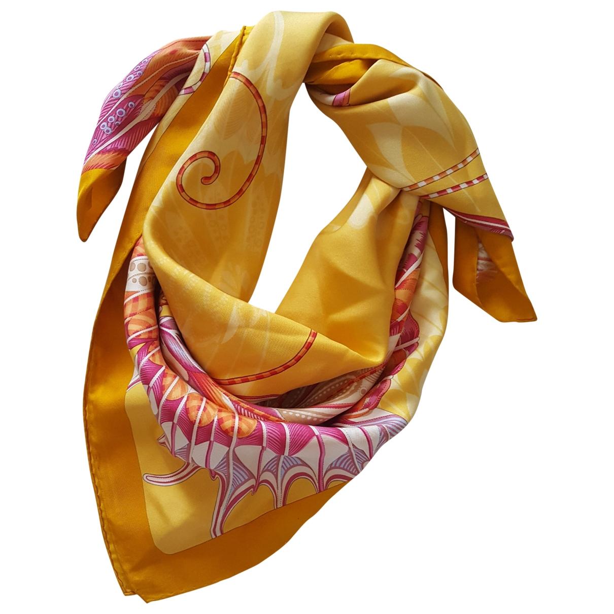 Salvatore Ferragamo \N Yellow Silk scarf for Women \N
