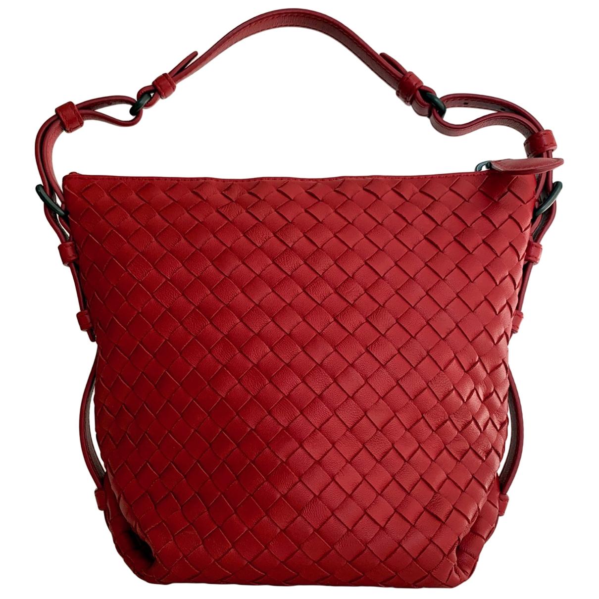 Bottega Veneta \N Red Leather handbag for Women \N