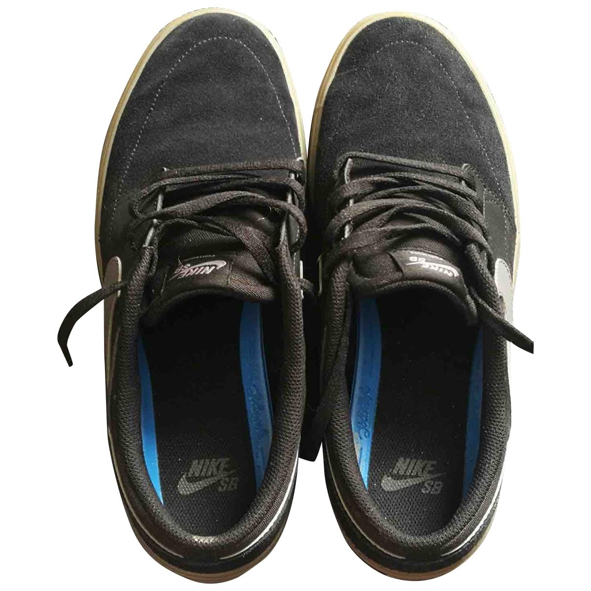 Nike \N Black Suede Trainers for Men 42.5 EU