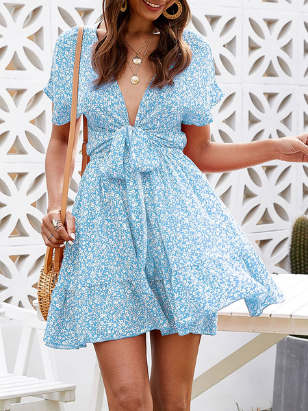Milanoo Skater Dresses V-Neck Short Sleeves Lace Up Printed Sexy Fit And Flare Dress