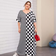 Plus V Neck Checkerboard Spliced Dress