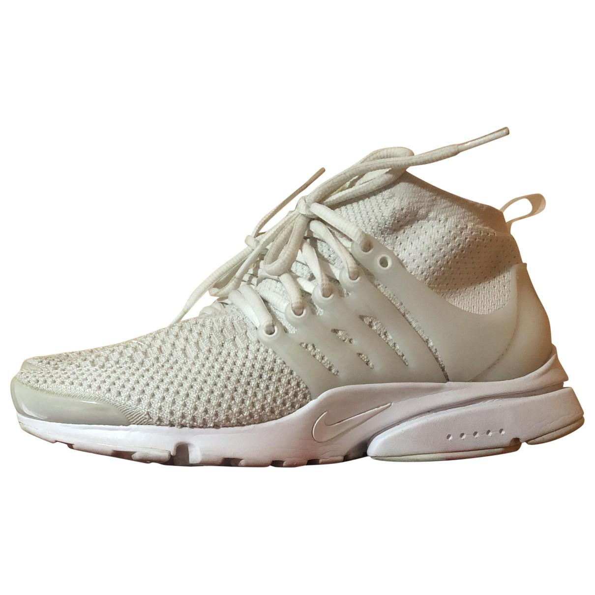 Nike Air Presto White Cloth Trainers for Men 8 US
