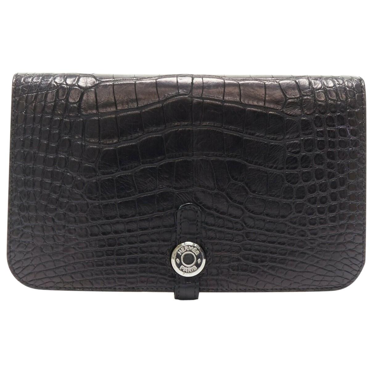 Hermès Dogon Black Alligator wallet for Women \N