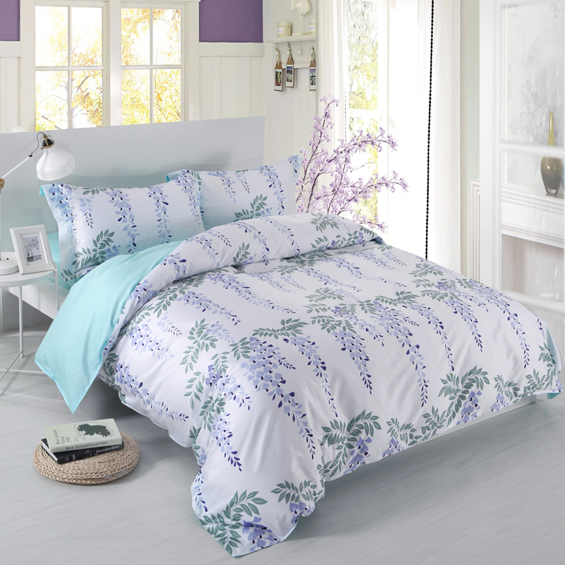 Designer 60S Brocade Green Leaves Strings and Purple Flowers 4-Piece Cotton Bedding Sets