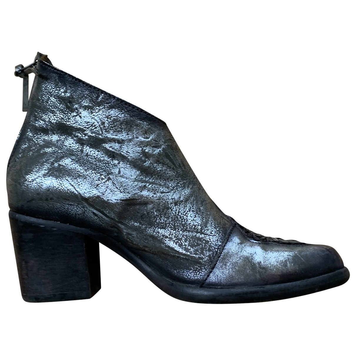 Non Signé / Unsigned \N Silver Leather Ankle boots for Women 40 EU