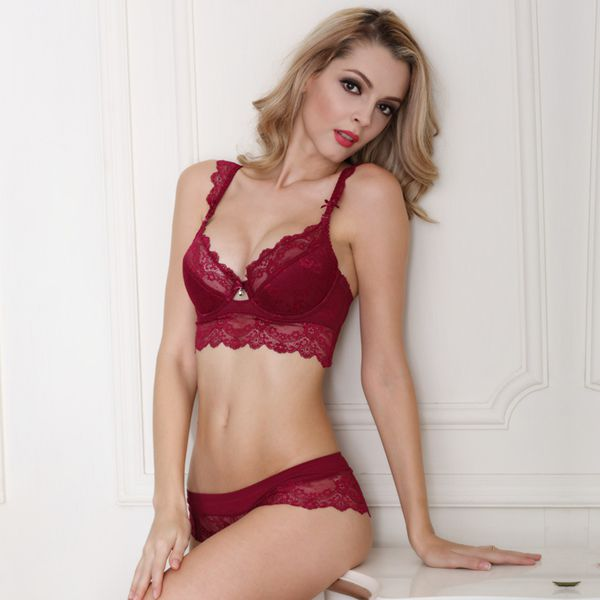 Sexy Lace Craft Hollow Attractive Cup Charming Bra Sets