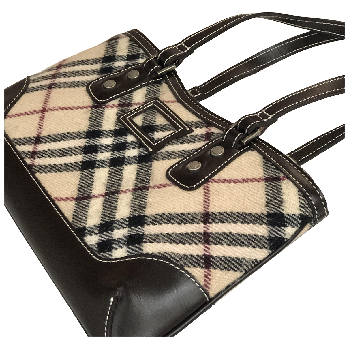 Burberry \N Beige Tweed handbag for Women \N