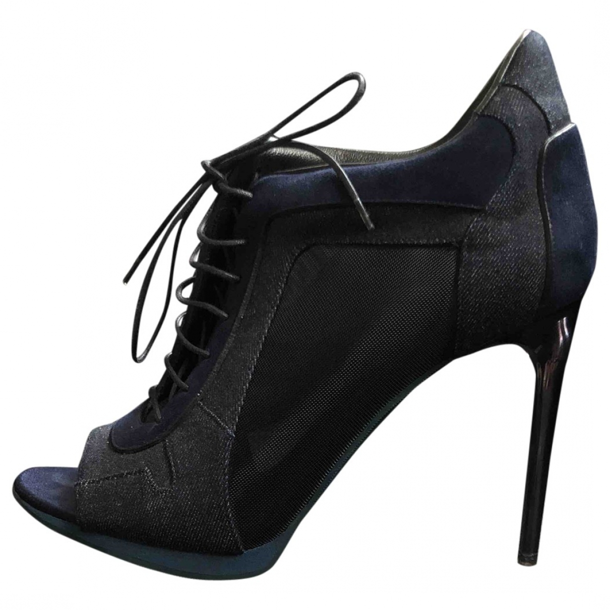 Burberry \N Navy Cloth Ankle boots for Women 38 EU