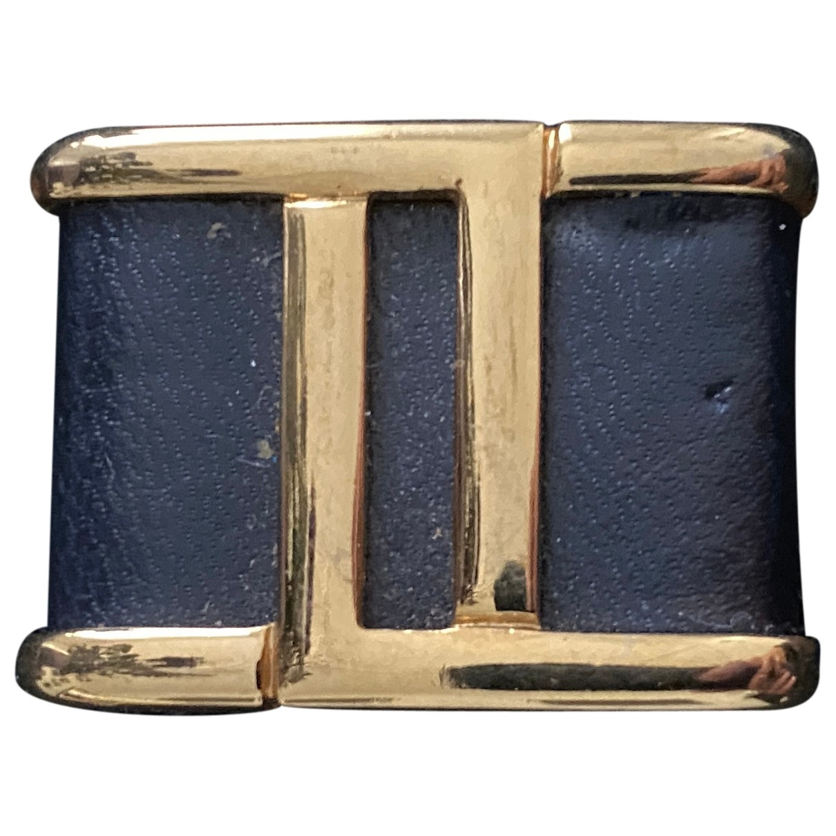 Fendi \N Gold Leather Pins & brooches for Women \N