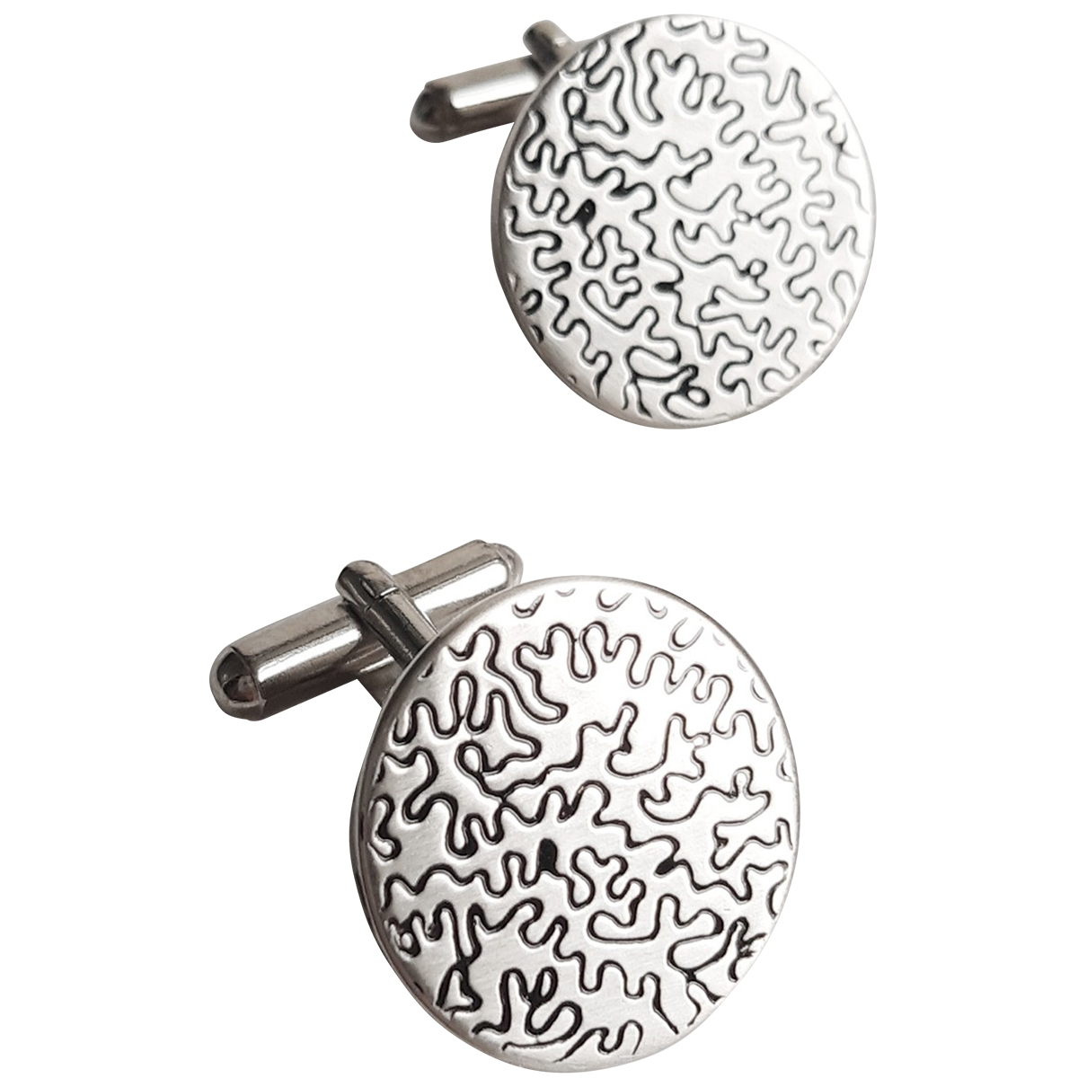 Non Signé / Unsigned \N Silver Steel Cufflinks for Men \N