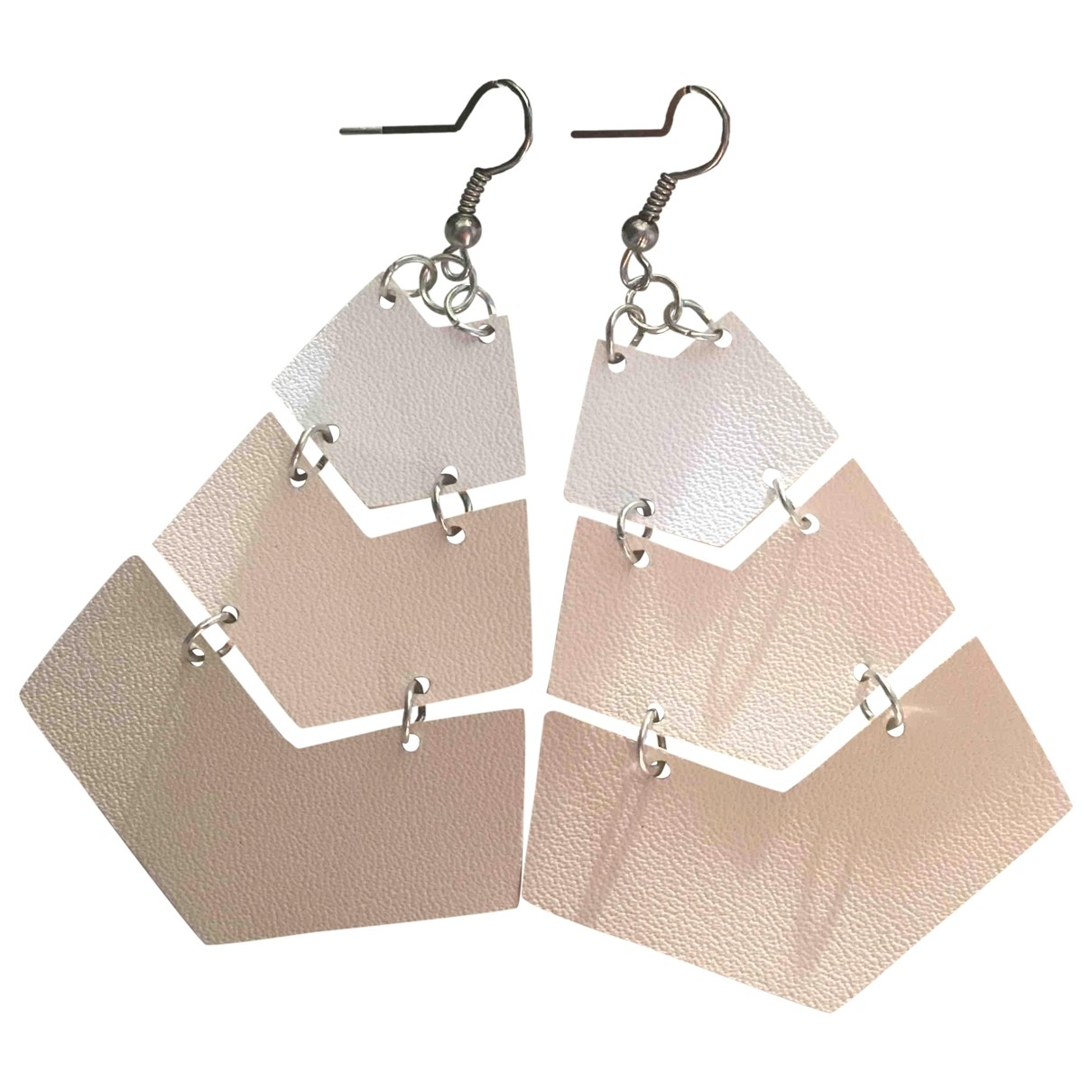 Non Signé / Unsigned Art Déco Pink Metal Earrings for Women \N