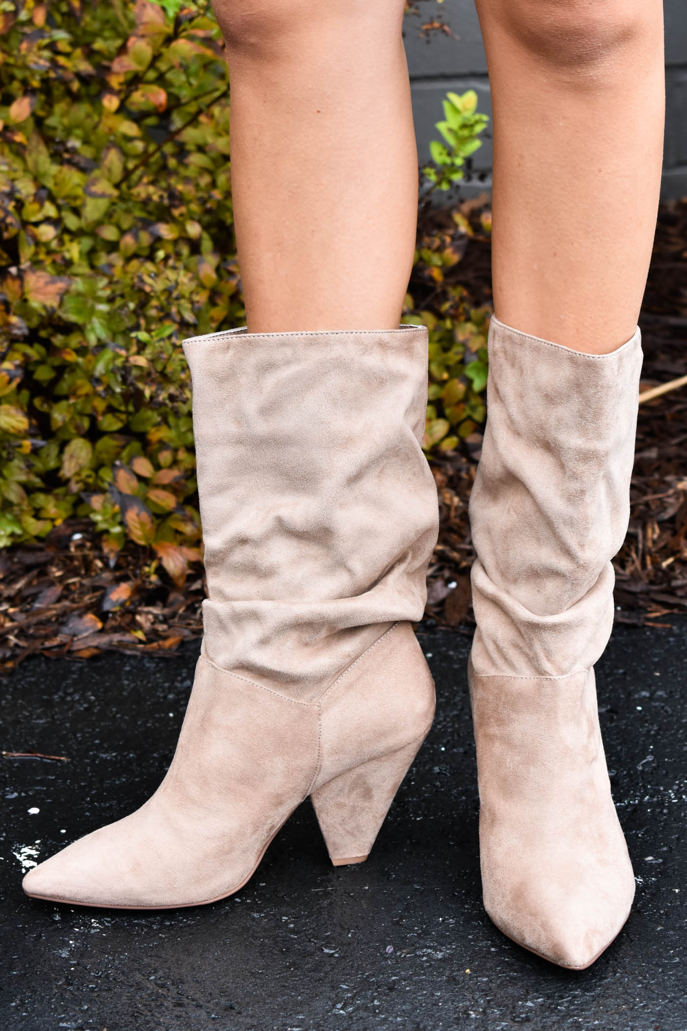 Rosa Suedette Heel Taupe | Chinese Laundry