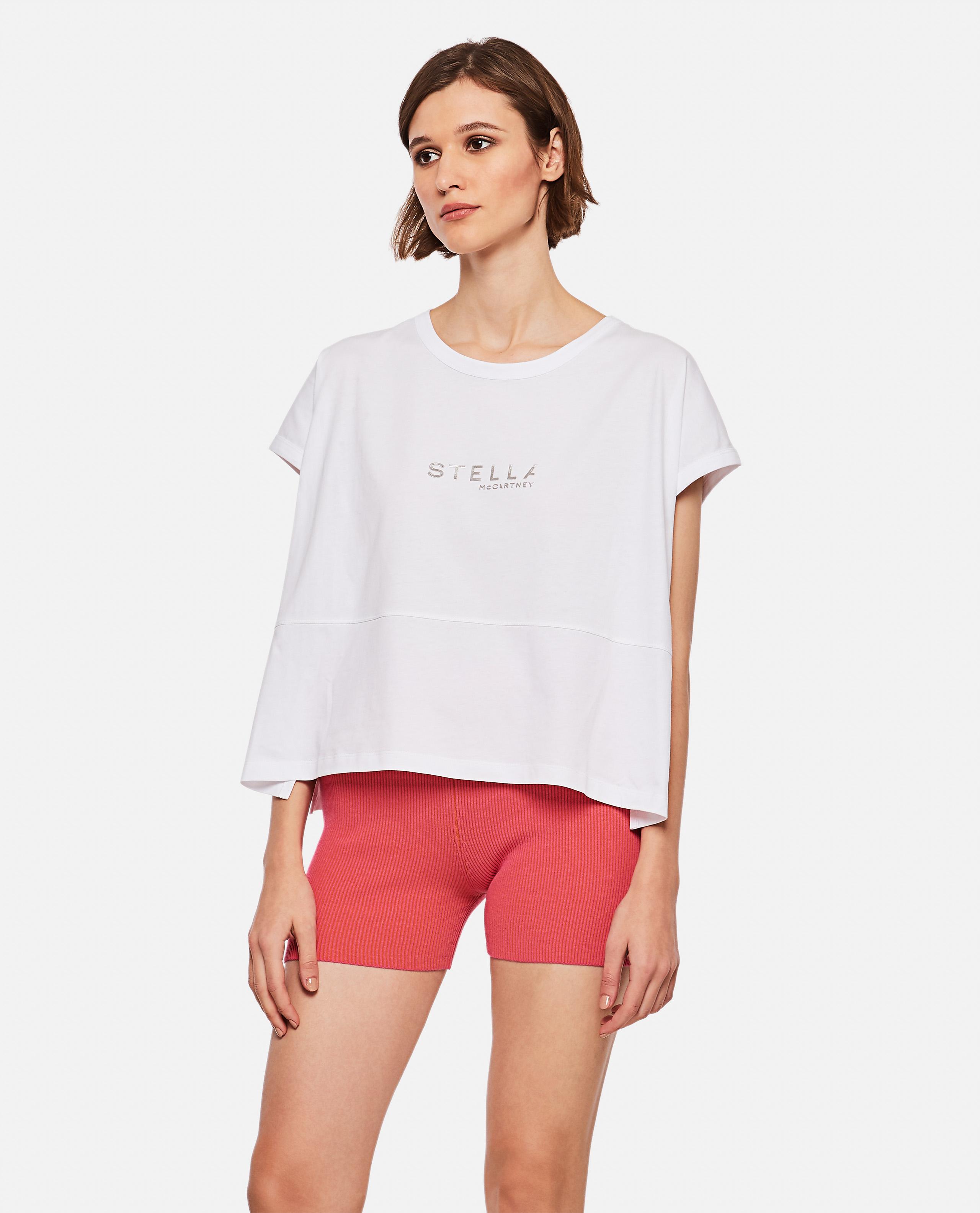 T-shirt with boxy logo
