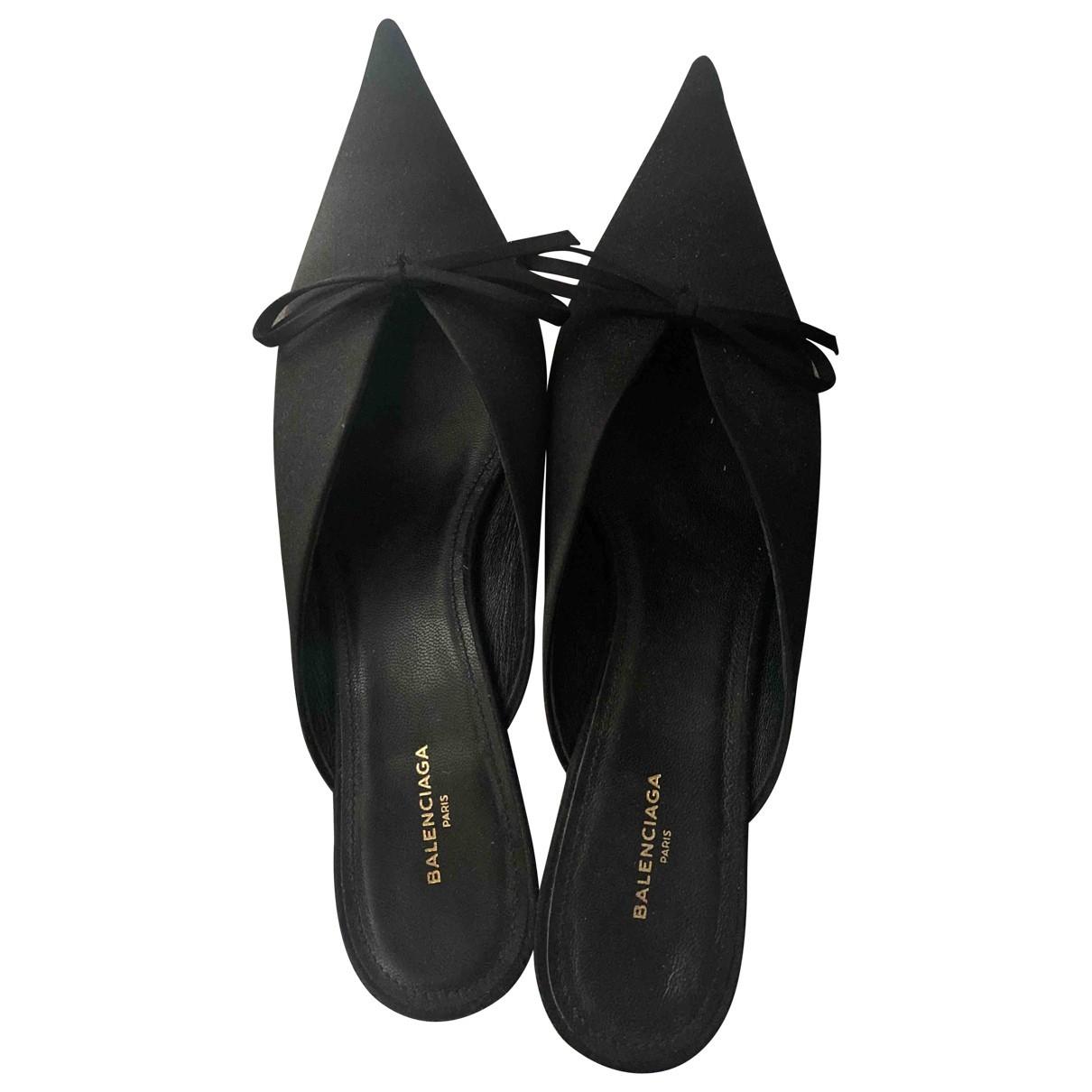 Balenciaga \N Black Cloth Mules & Clogs for Women 37 EU