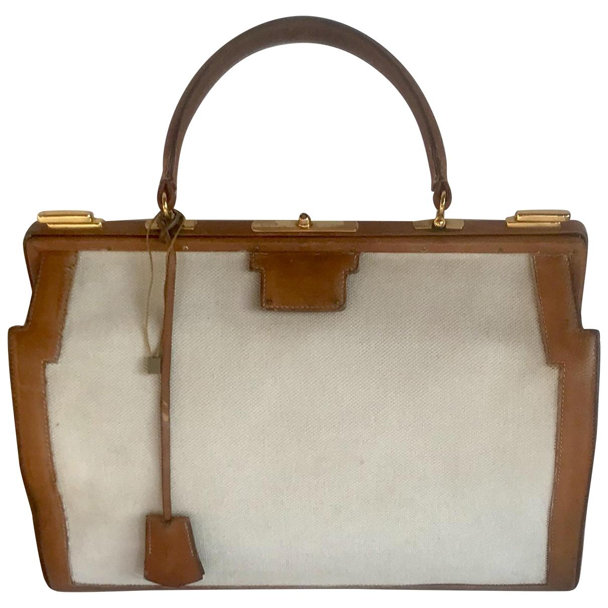 Hermès \N Ecru Leather handbag for Women \N