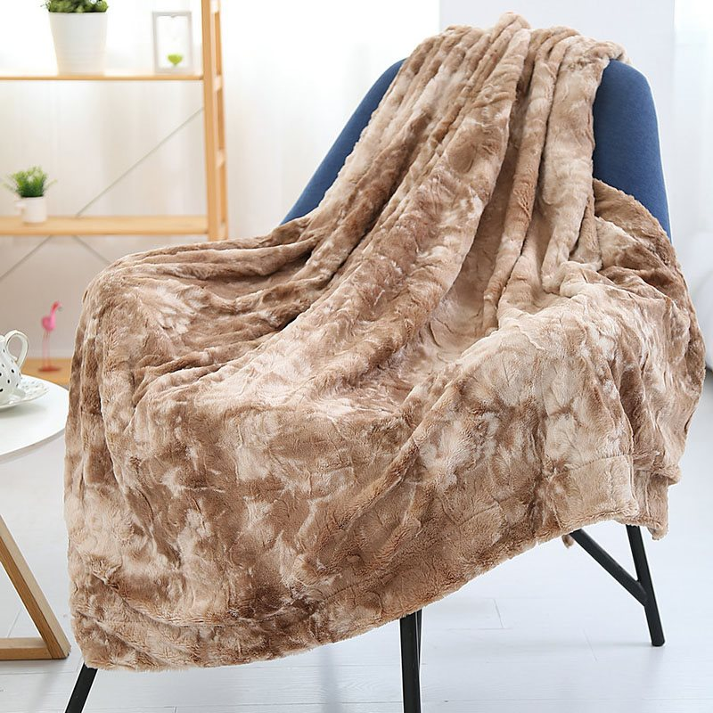 Fur-like Warm Soft Plush Blanket No Fading Bed Blanket 7 Colors Options