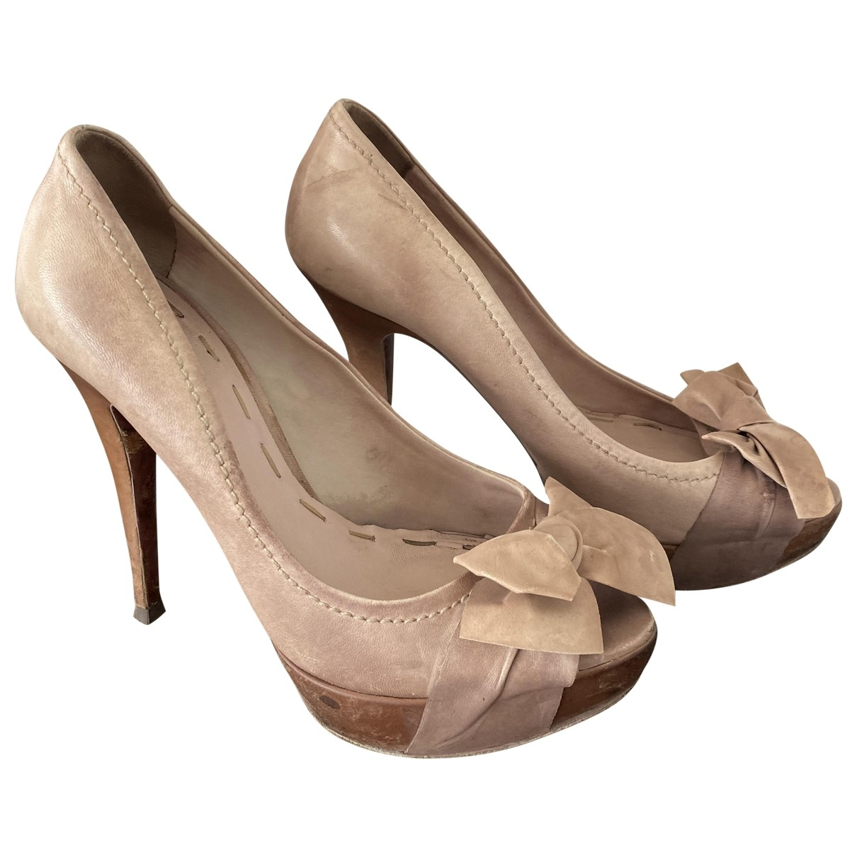 Miu Miu \N Beige Leather Heels for Women 39.5 EU