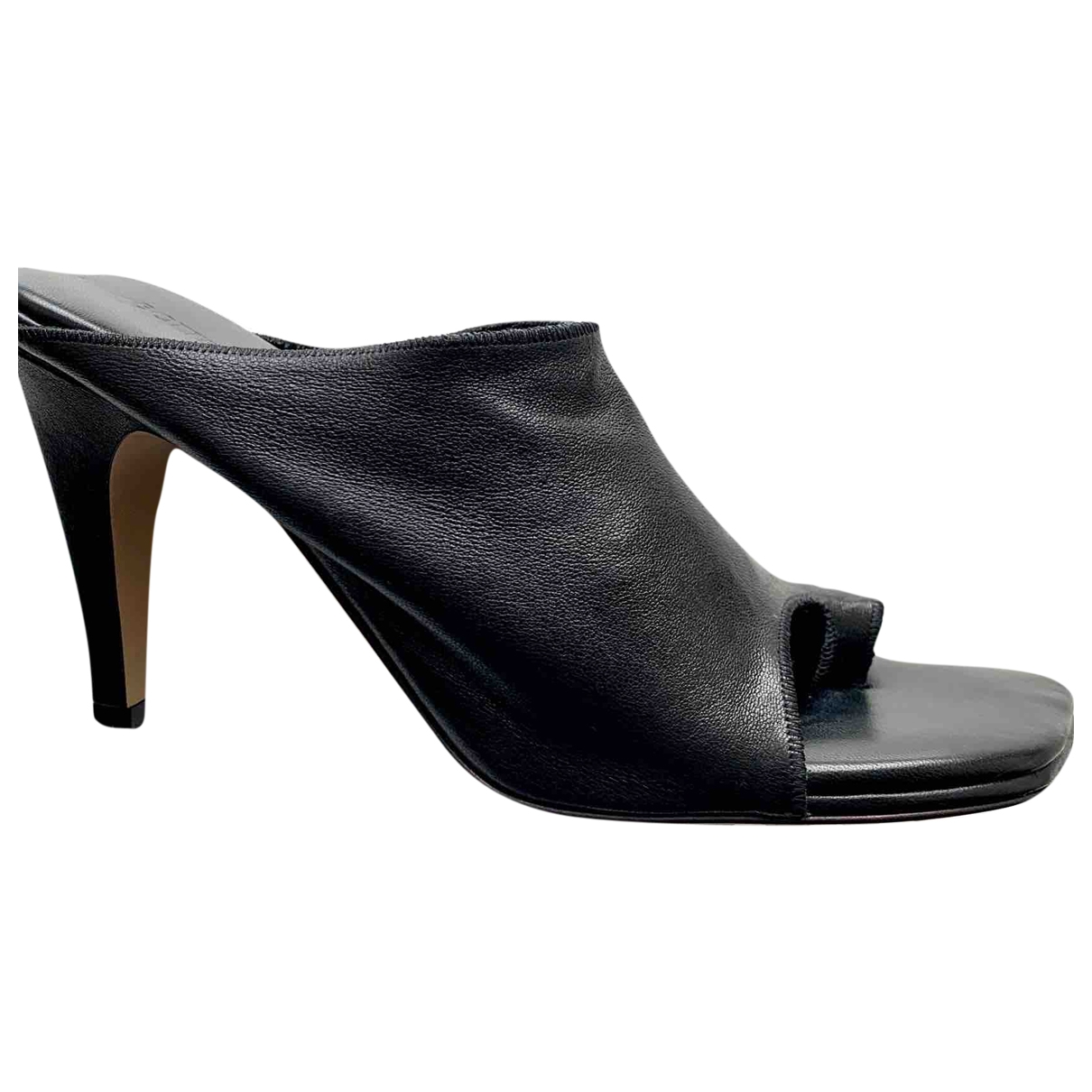 Bottega Veneta Stretch Black Leather Sandals for Women 38 EU