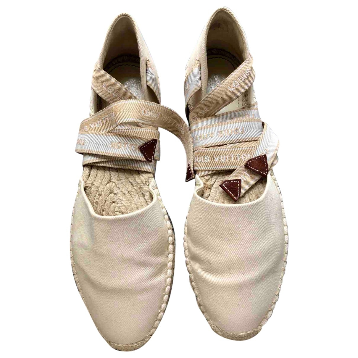 Louis Vuitton \N Beige Cloth Espadrilles for Women 38.5 EU