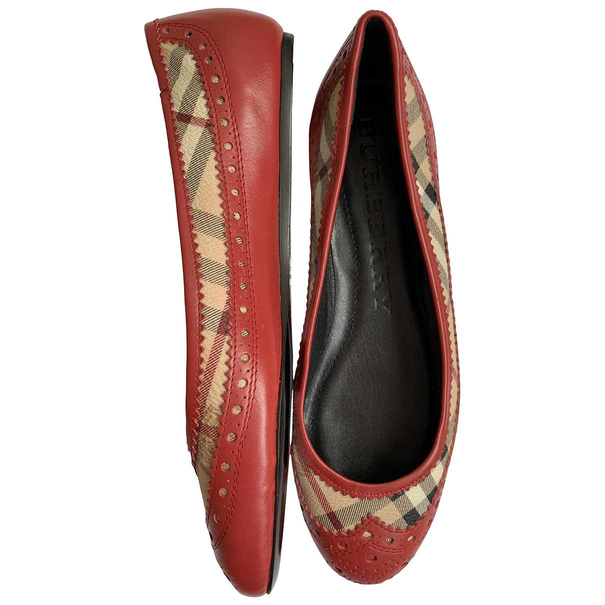 Burberry \N Orange Leather Ballet flats for Women 37 EU