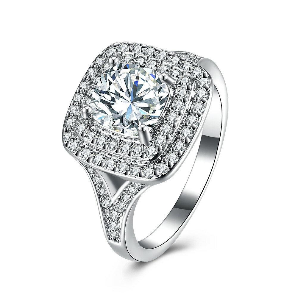 Luxury Wedding Ring Elegant Square Zircon Platinum Ring