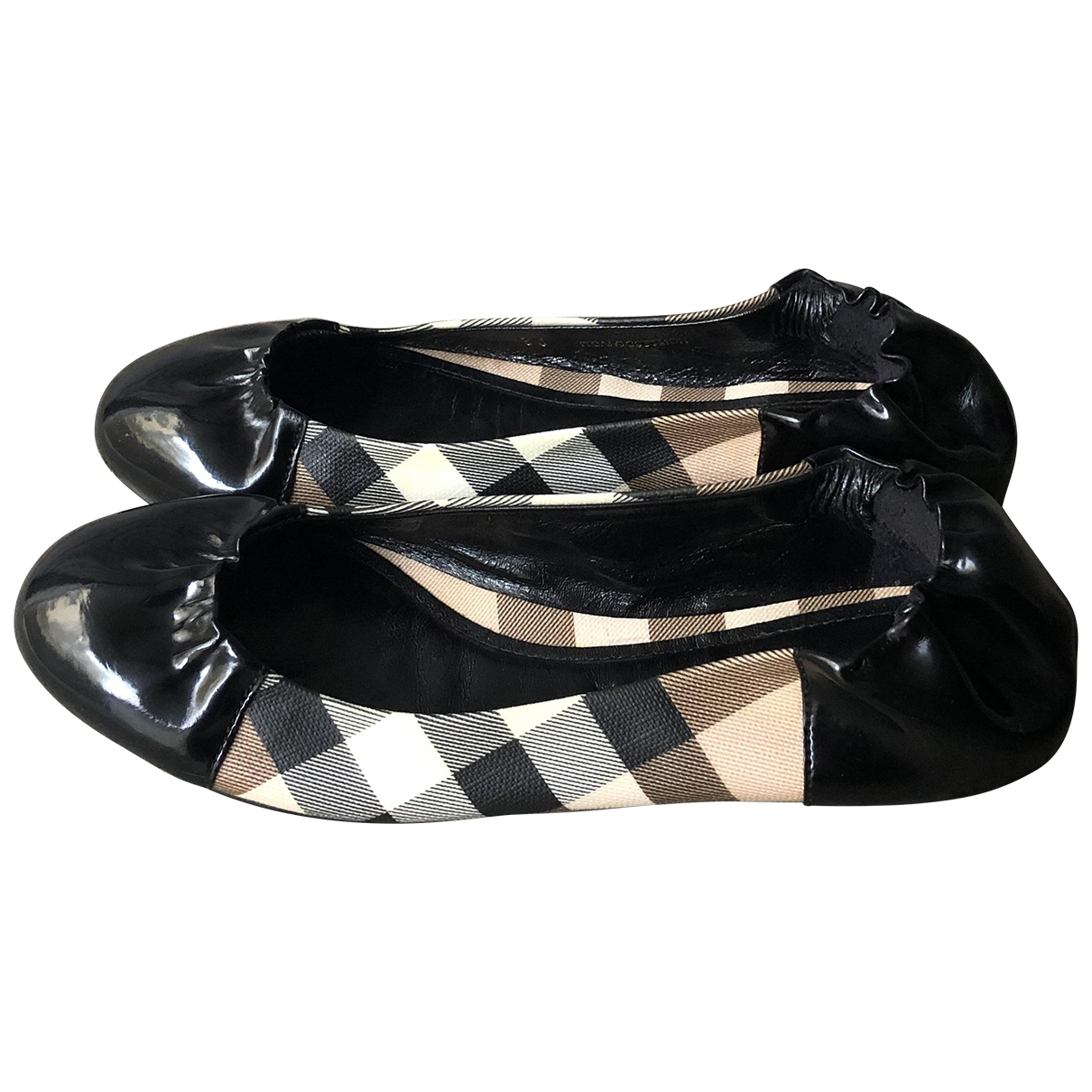 Burberry \N Black Patent leather Ballet flats for Women 36 EU
