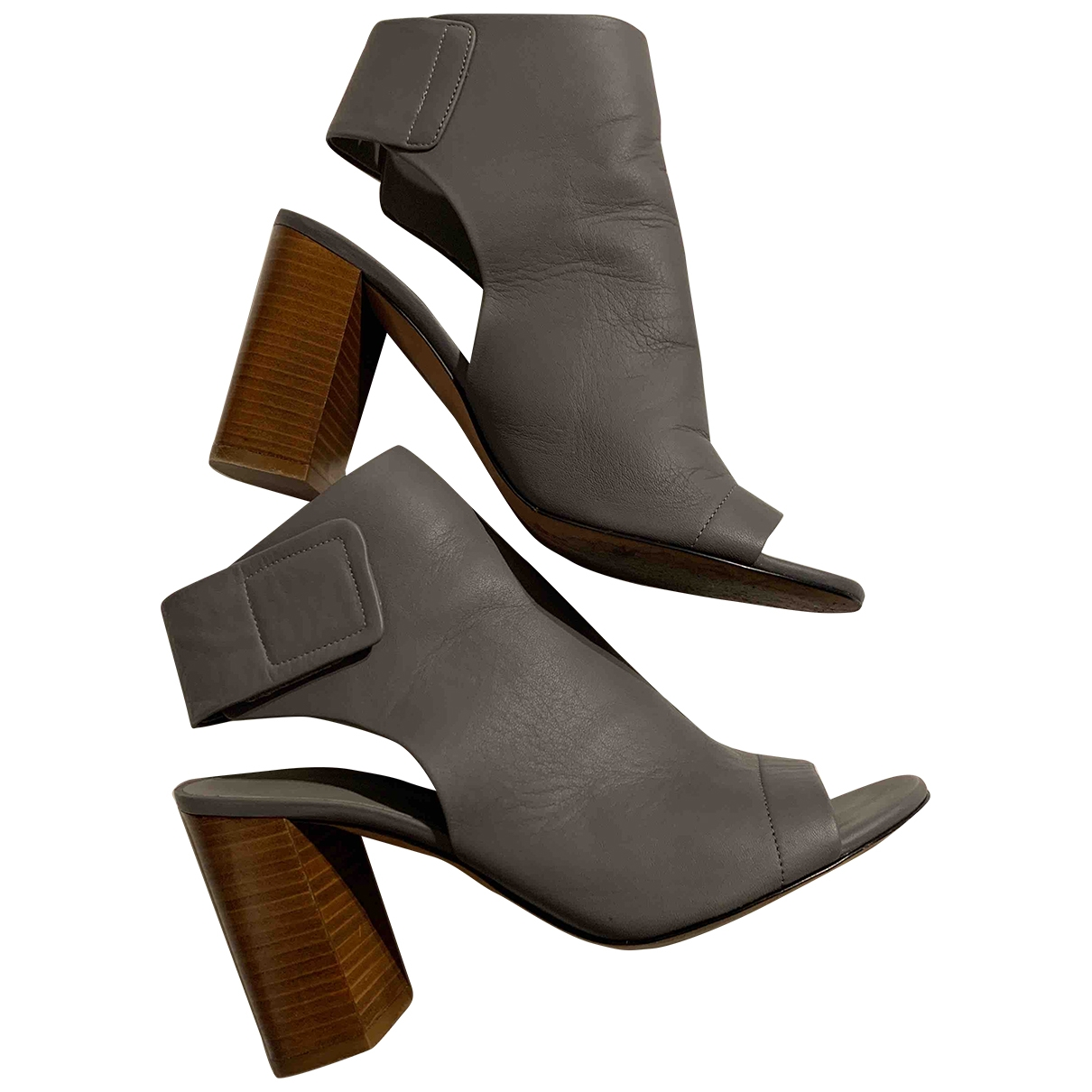 Vince \N Grey Leather Ankle boots for Women 7.5 US