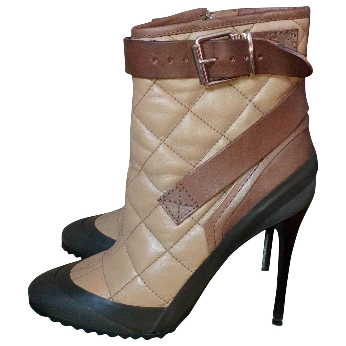 Burberry \N Beige Leather Boots for Women 39 EU