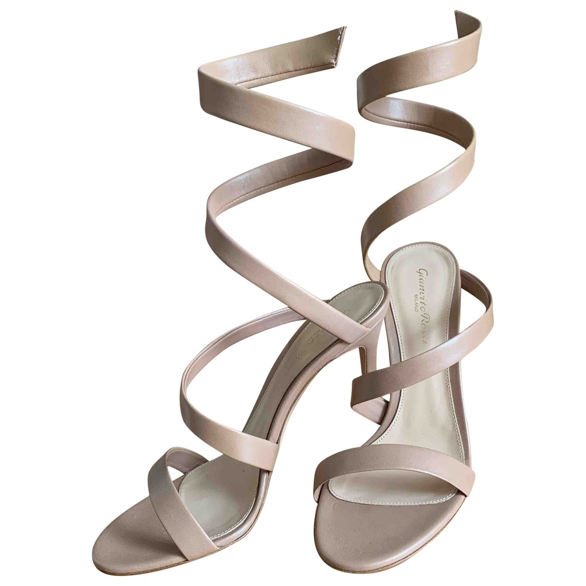 Gianvito Rossi \N Beige Leather Sandals for Women 38.5 EU