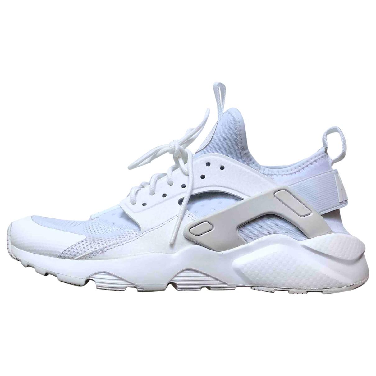Nike Huarache White Trainers for Women 39 EU