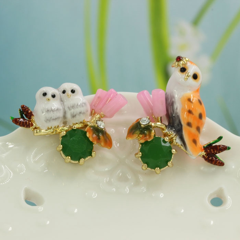Lovely Owls Design Diamante Women Earrings