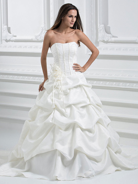 Milanoo Amazing Ivory Strapless Ball Gown Satin Organza Wedding Dress