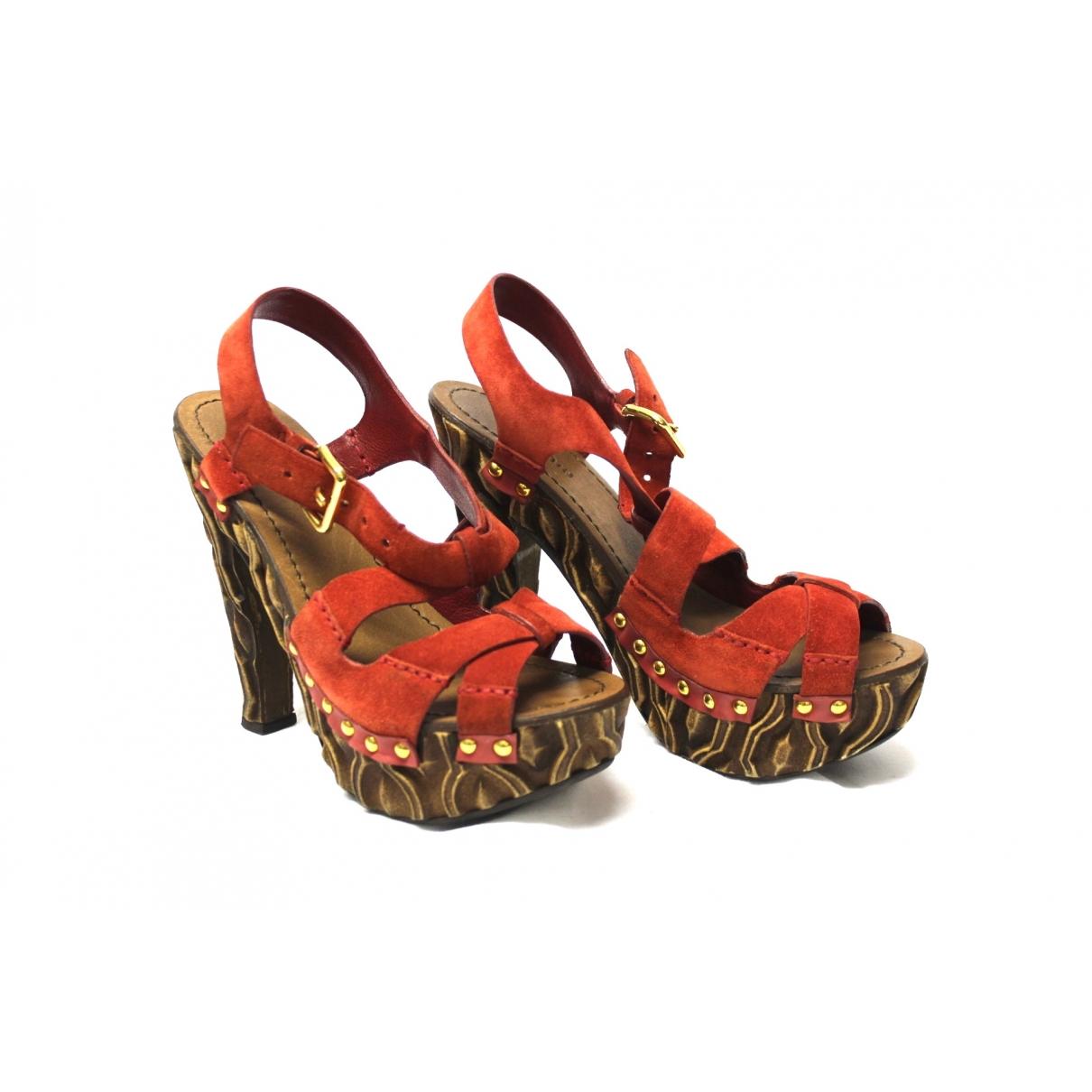 Miu Miu \N Red Suede Sandals for Women 37 EU