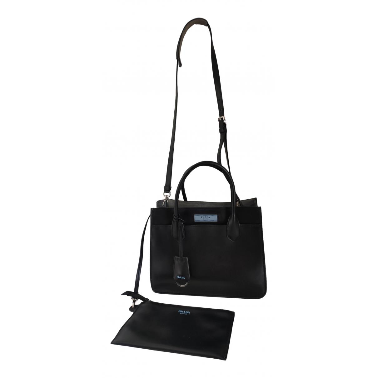 Prada Etiquette Black Leather handbag for Women \N