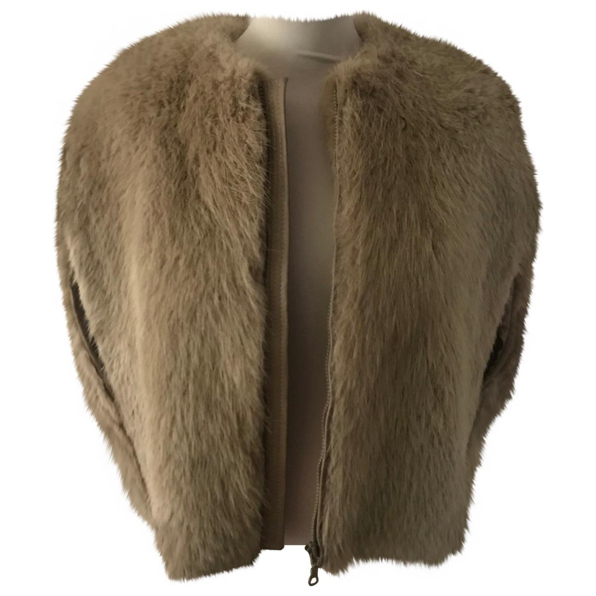 Gucci \N Beige Beaver jacket for Women 44 IT