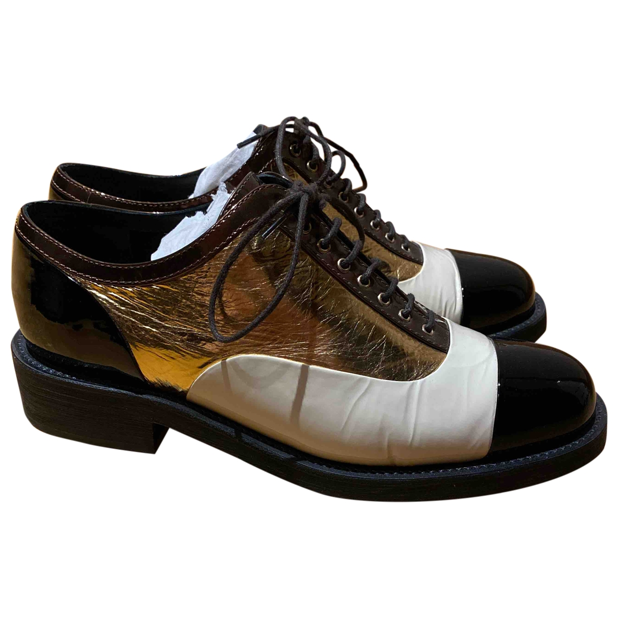 Chanel \N Gold Leather Lace ups for Women 40 EU