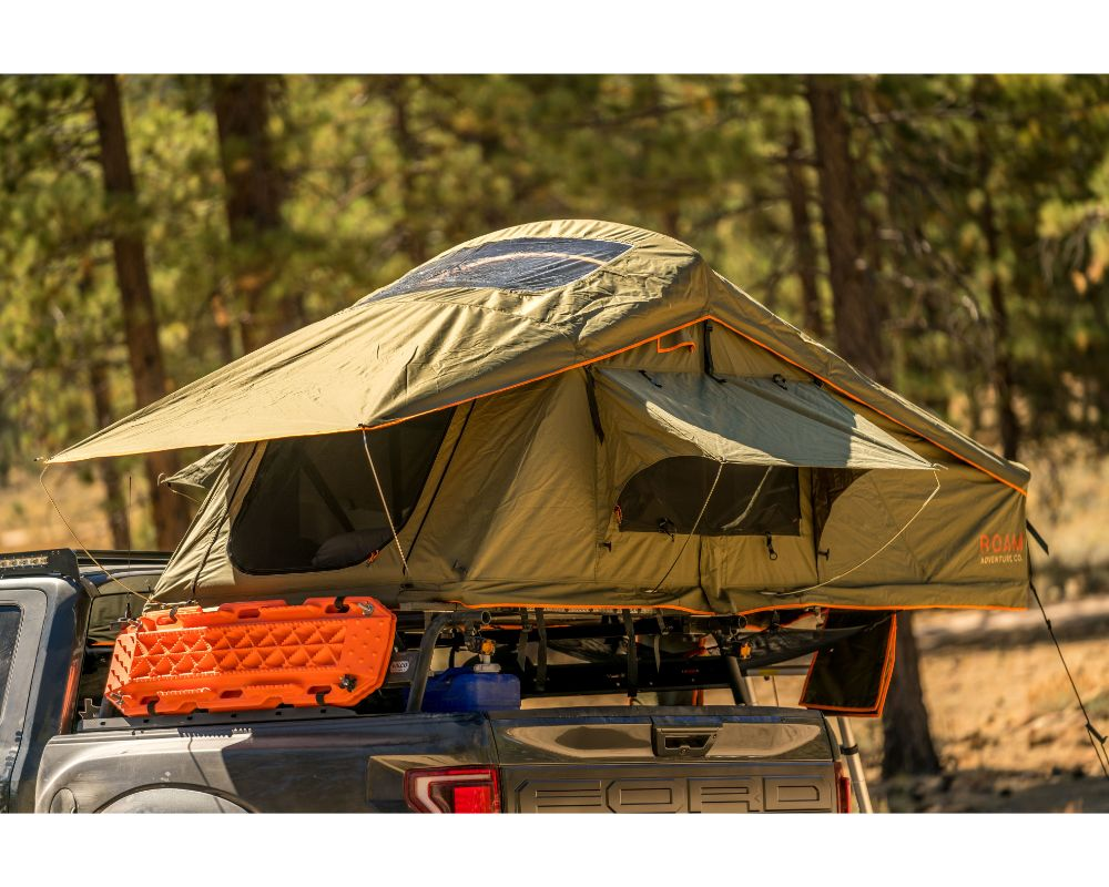 ROAM Vagabond Standard Forest Green/Hyper Orange Rooftop Tent with Annex