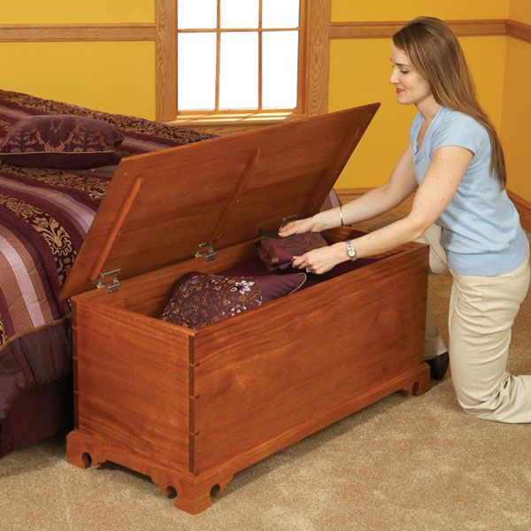 Woodworking Project Paper Plan to Build Blanket Chest