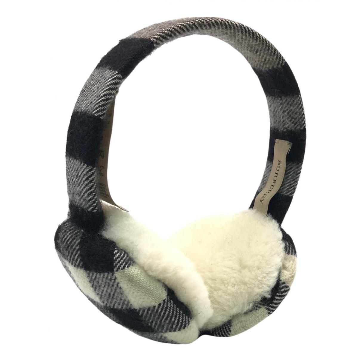 Burberry \N Black Cloth Hair accessories for Women M International