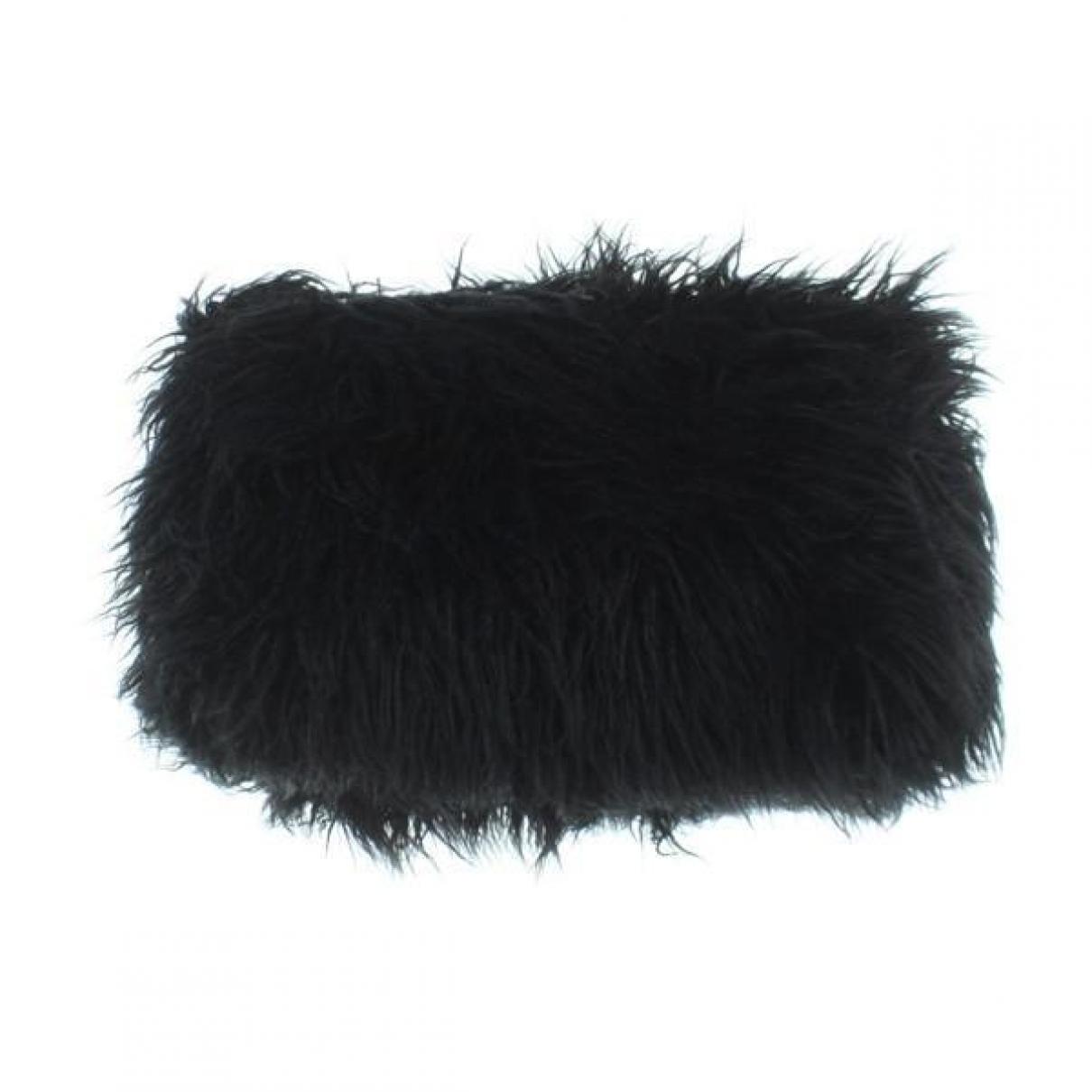 Dries Van Noten \N Black Fur Clutch bag for Women \N