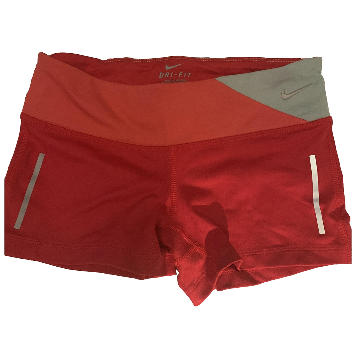 Nike \N Shorts in  Rot Polyester