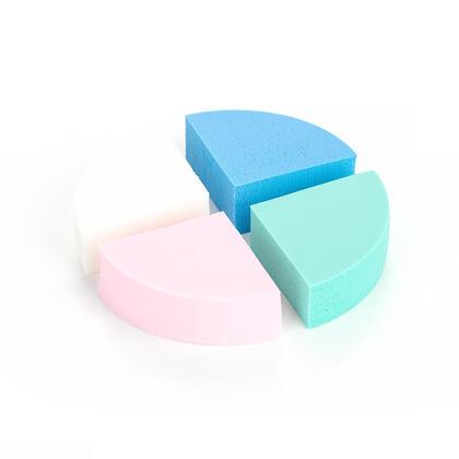 Houppette cosmétique de maquillage d'éponge de maquillage de triangle, 4pcs / paquet - LIVINGbasics™